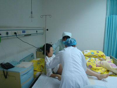 90后少女意外怀孕 协和及时伸援手